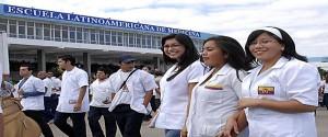 Estudiantes de la Escuela Latinoamericana de Medicina (ELAM)