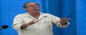Agustín Lage es médico de profesión, especializado en Bioquímica. Foto: Irene Pérez/ Cubadebate.