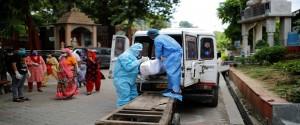 La India registra el mayor aumento de casos diarios de coronavirus a nivel mundial tras sumar 78.761 nuevos contagios. Foto: Reuters.