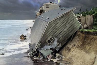 Azota el Huracán Dorian a Bahamas y comienza la evacuación en la costa este de Estados Unidos
