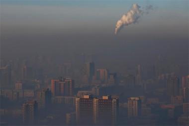 Las ciudades consumen una gran parte del suministro energético mundial y son responsables de aproximadamente el 70% de las emisiones globales de gases de efecto invernadero derivadas de la energía. Foto: Reuters.