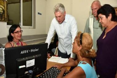 Ratifica Díaz-Canel que Cuba seguirá proceso de informatización de la sociedad