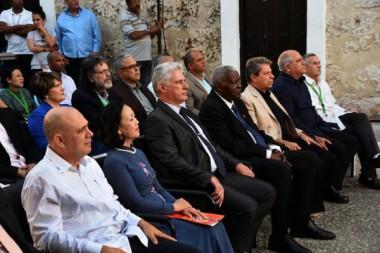 Asistió Miguel Díaz-Canel a inauguración de Feria del Libro en La Habana