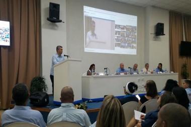 Ministro de Comunicaciones exhorta a fortalecer los Joven Club de Computación y Electrónica