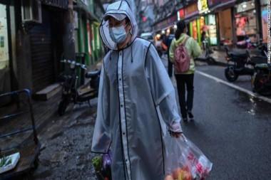 Wuhan, donde primero se reportó la neumonía COVID-19, lucha por volver a la normalidad. Foto: AFP