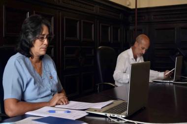 Participan diputados cubanos en debate en Parlatino sobre la brecha digital en educación