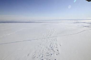 Plataforma de hielo del glaciar Pine Island en la Antártida occidental. 26 de octubre de 2011