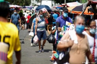 La COVID-19 precipita a América Latina a otra década perdida