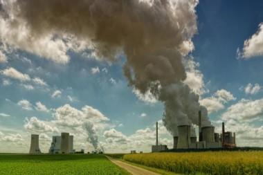 Los niveles de dióxido de carbono en la atmósfera continúan en niveles récord a pesar de las medidas de confinamiento por el COVID-19. Foto: ONU