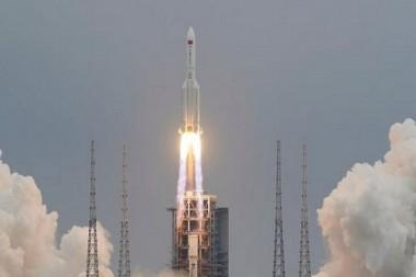 Lanzamiento del primero módulo de la estación espacial Tianhe, el pasado 29 de abril (Foto tomada de https://www.bbc.com/)