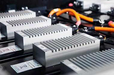 Baterías de sodio, la alternativa que promete cargas del 80% en 15 minutos